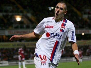 One day, one goal: la feinte de frappe magique de Benzema contre Caen