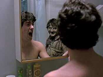 Ne regardez pas dans le miroir !