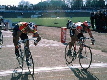 On this day: Eddy Planckaert remporte Paris-Roubaix sur le plus petit écart