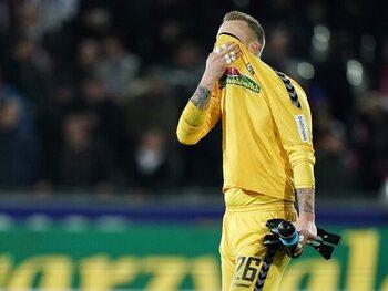 One day, one goal : le gardien de Duisburg encaisse parce qu'il était parti boire
