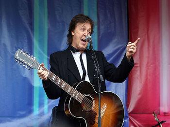 """Paul McCartney: """"We deden aan zelfbevrediging in groepsverband"""""""