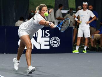 Kim Clijsters peut soigner son retour