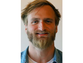 Thomas (29, Pittem, havenmedewerker)