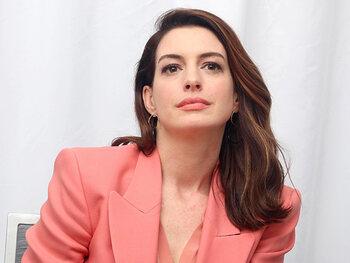 """Anne Hathaway : Ma dernière gueule de bois a duré cinq jours"""""""