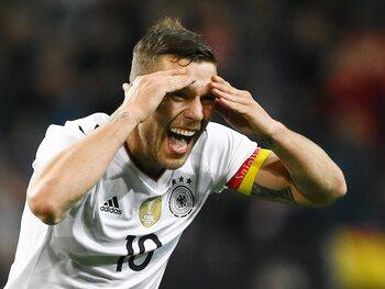One day, one goal : Lukas Podolski nettoie la lucarne de Joe Hart pour ses adieux à la Mannschaft