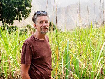 Etienne (55) - Suikerrietboer in Kaapverdië