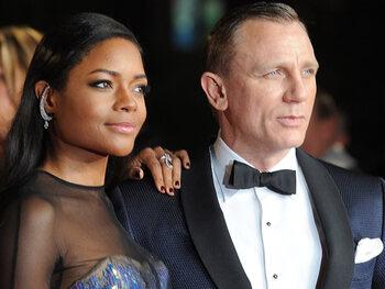 James Bond gaat elektrisch rijden