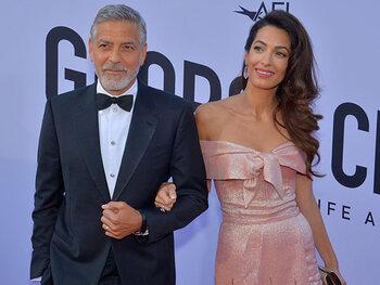 George Clooney betrokken bij ongeval met scooter op Sardinië