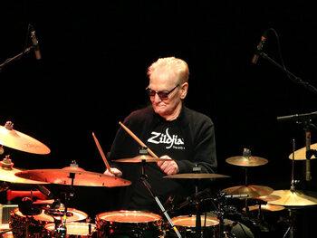 Drumlegende Ginger Baker is niet meer
