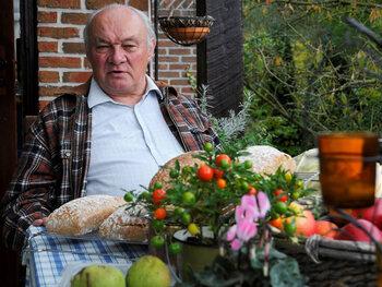 Jeroen Meus is volgens Herwig Van Hove niet de juiste presentator voor Twee Tot De Zesde Macht'