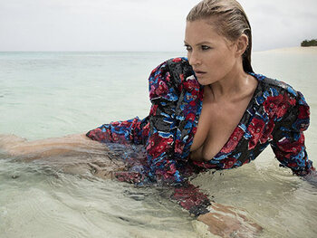 Kate Moss onder druk gezet om naakt te poseren