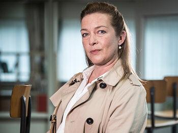 Isabelle Van Hecke als Angelique