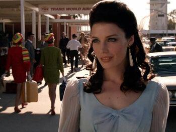 Megan Draper : la naïve charmante