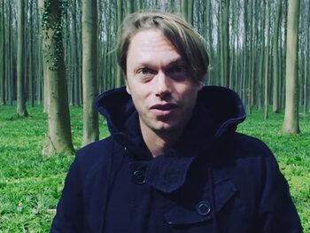 Videoclip Regi zet kwaad bloed bij liefhebbers boshyacinten