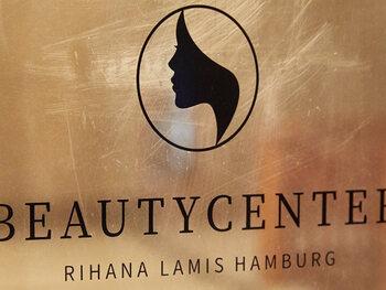 Rihanna procedeert tegen Duitse schoonheidsspecialiste