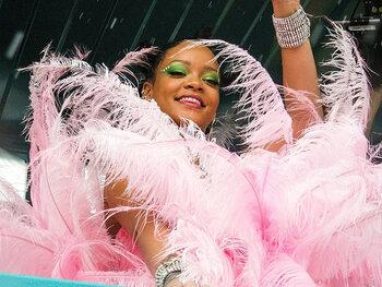 Rihanna haalt uit naar Donald Trump