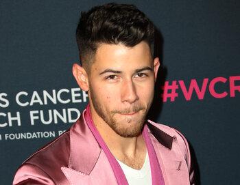 Nick Jonas à la Pride de Pittsburgh en 2015