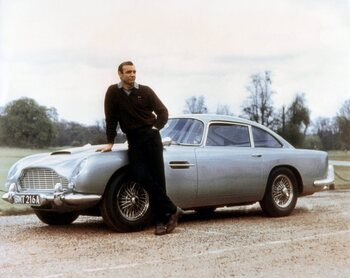 De Aston Martin DB5 van James Bond