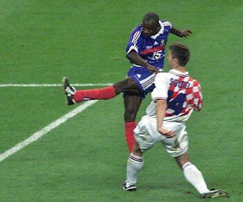 Thuram mène la France en finale