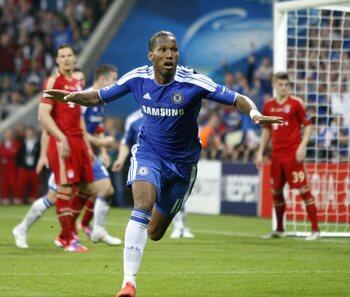 One day, one goal: Didier Drogba s'envole pour remettre le Bayern et Chelsea à égalité