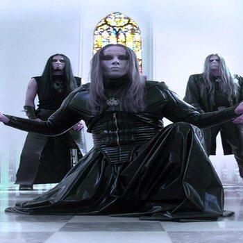 Behemoth: poolshoogte nemen en dan moshen!
