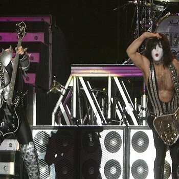 KISS: made for loving you, for ever!