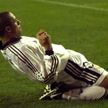 One day, one goal : Roberto Carlos, le roi des angles impossibles