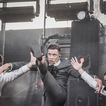 loic nottet nouvel album selfocracy danse avec les stars eurovision the voice album proximus pickx music