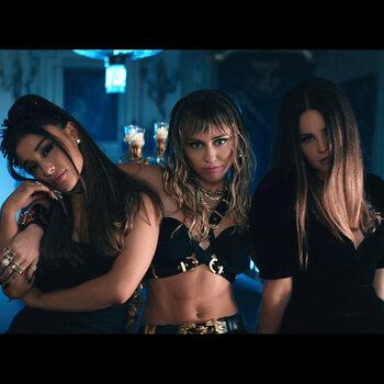 Ariana Grande, Miley Cyrus en Lana Del Rey