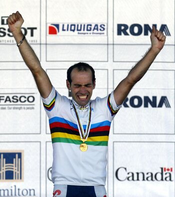 Victoire sur la Flèche wallonne et champion du monde