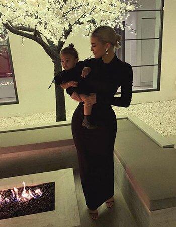 Kylie Jenner en Stormi