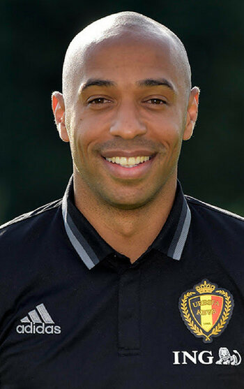 De tweede assistent: Thierry Henry