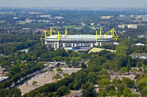 Het Signal Iduna Park of de arena van de gevreesde Gele Muur