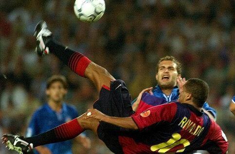 One day, one goal: le chef-d'oeuvre de Rivaldo contre Valence