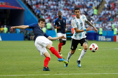 One day, one goal: le missile de Benjamin Pavard libère les Bleus