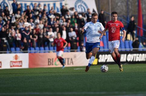 Pendant ce temps-là, la Biélorussie continuer à jouer au football