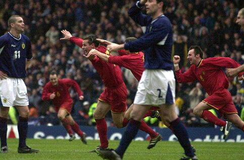One day, one goal: Daniel Van Buyten zet Rode Duivels op weg naar WK 2002