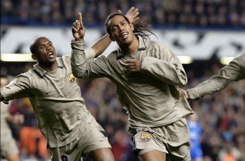 One day, one goal: het geniale puntertje van Ronaldinho