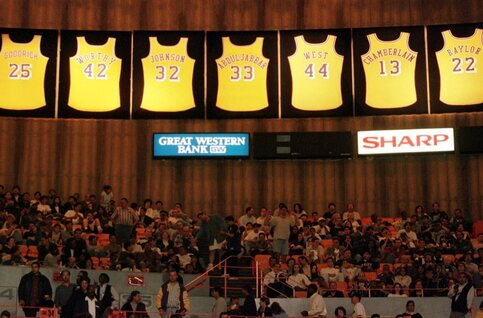 On this day: les Lakers battent le record de victoires en NBA