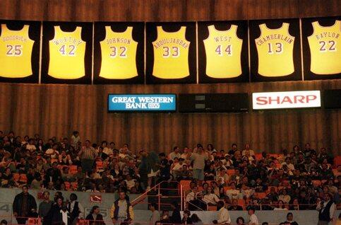 On this day: les Lakers battent le record de victoires en NBA
