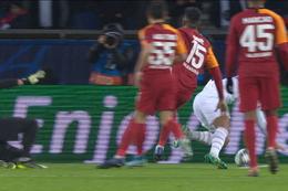 Penalty: Paris SG 5 - 0 Galatasaray SK 83', Cavani