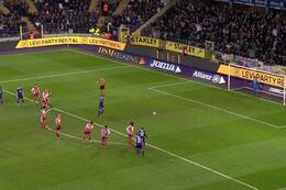 Penalty: Anderlecht 4 - 0 SV Zulte Waregem 64', Vlap