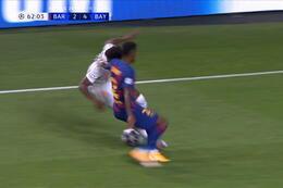 Goal: FC Barcelone 2 - 5 Bayern Munich 63' Kimmich