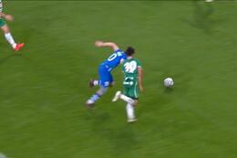 Penalty: La Gantoise 2 - 0 Rapid Vienne 59' Yaremchuk
