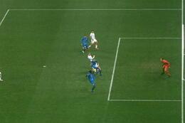 Penalty: Dynamo Kiev 2 - 0 La Gantoise 36', De Pena