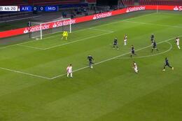 Goal: AFC Ajax 1 - 0 Midtjylland 47' Gravenberch