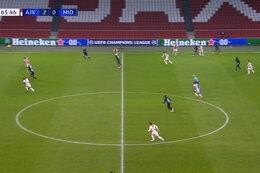 Goal: AFC Ajax 3 - 0 Midtjylland 66' Neres
