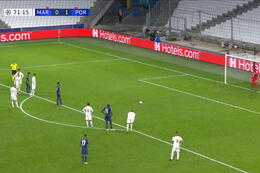 Penalty: Marseille 0 - 2 FC Porto 72' Sérgio Oliveira