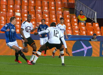Penalty: Valence CF 1 - 2 Atalanta Bergamo 43', Ilicic