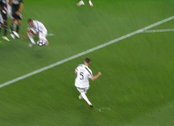 Penalty: Juventus 1 - 1 Lyon 43' Ronaldo